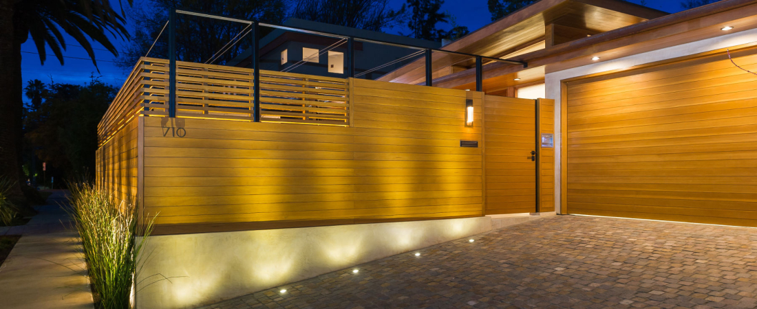 1-Brentwood-CA-Westgate-Residence-Driveway-Entry-1800x1121-1100x450.jpg