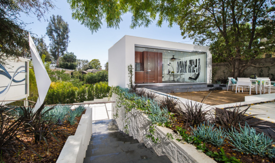 New Guesthouse in Brentwood designed by Kurt Krueger Architects