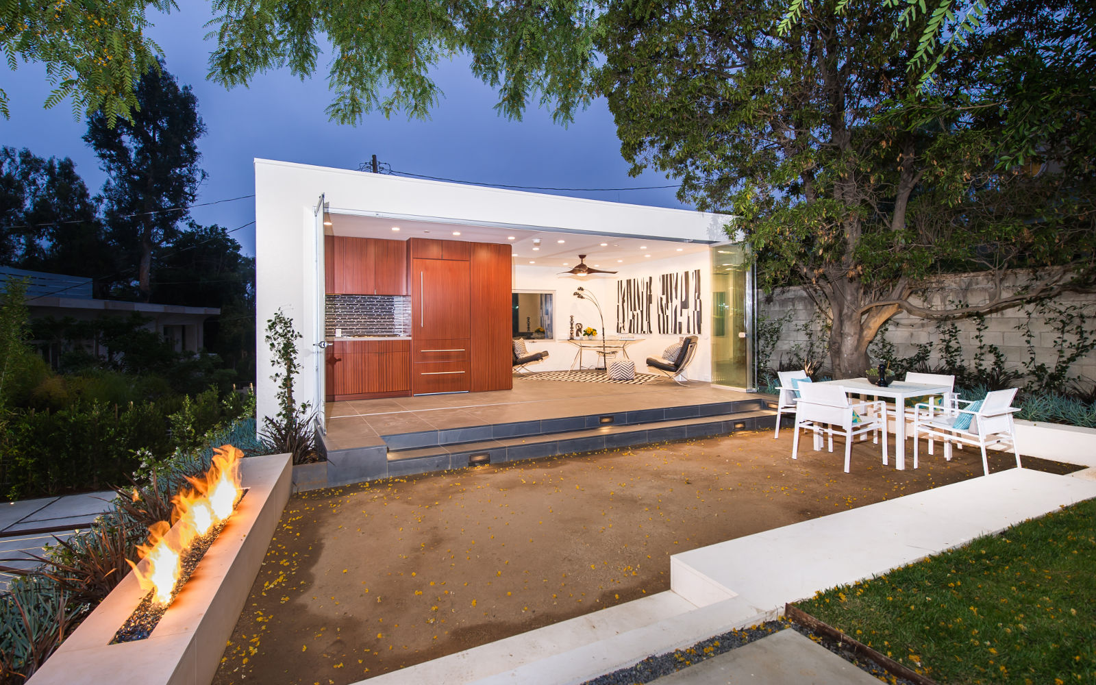 Guest House (ADU) in Brentwood, Los Angeles, CA