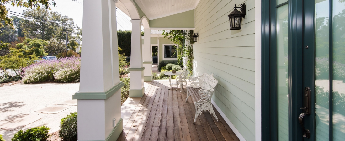 front-porch-luxury-home-1100x450.jpg