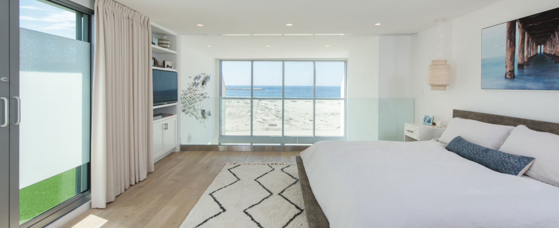 loft-master-bed-ocean-view-renovation-27-1-1100x450.jpg