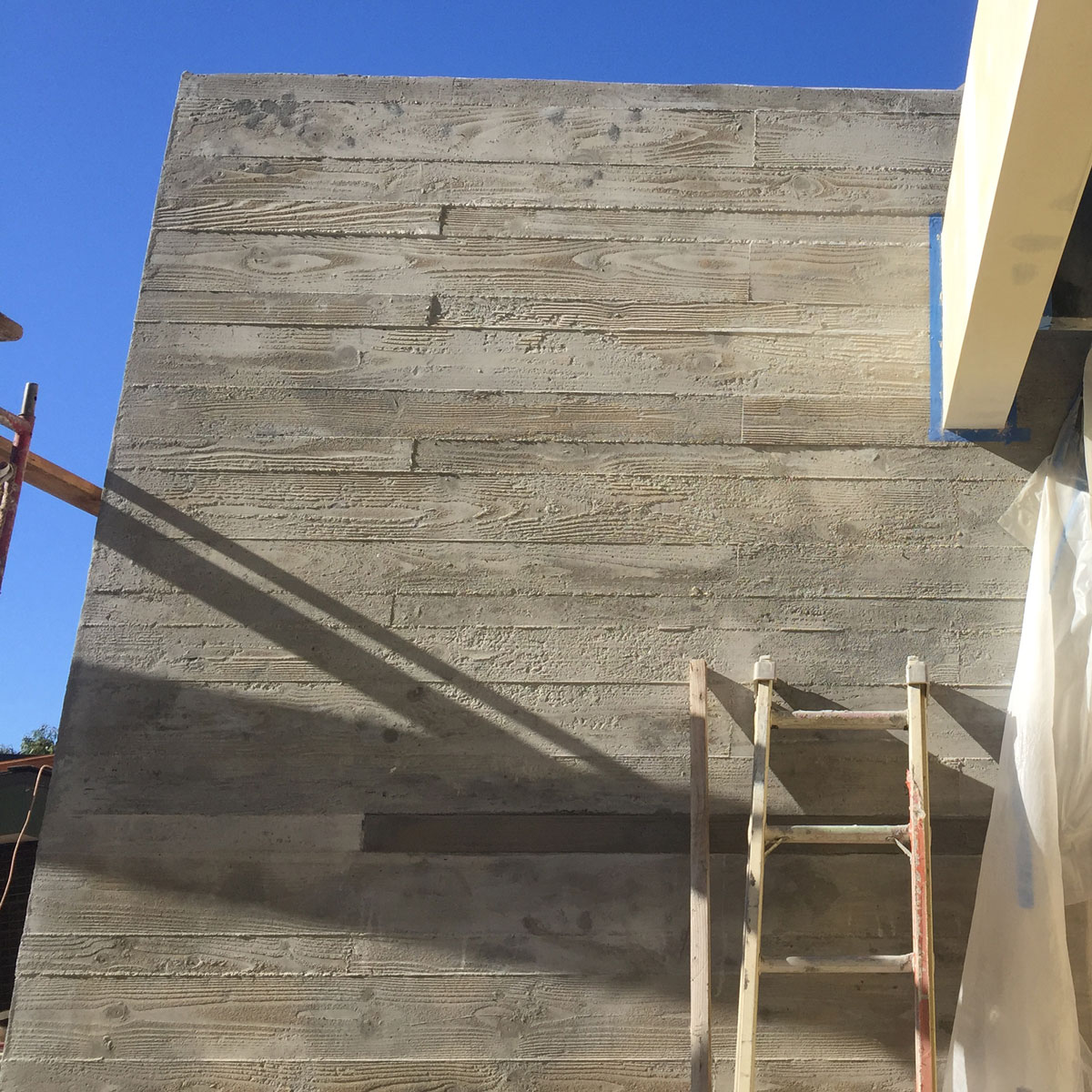 Benedict_Canyon_Board_Formed_Concrete_Wall_1.jpg