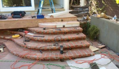 curved_brick_stairs_7-400x235.jpg